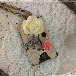 Secret Garden Series / Repurposed Antique Escutcheon Keyhole Cover Steampunk Necklace / Solid Brass Ivory Resin Rose Pink Resin Daisy 20in
